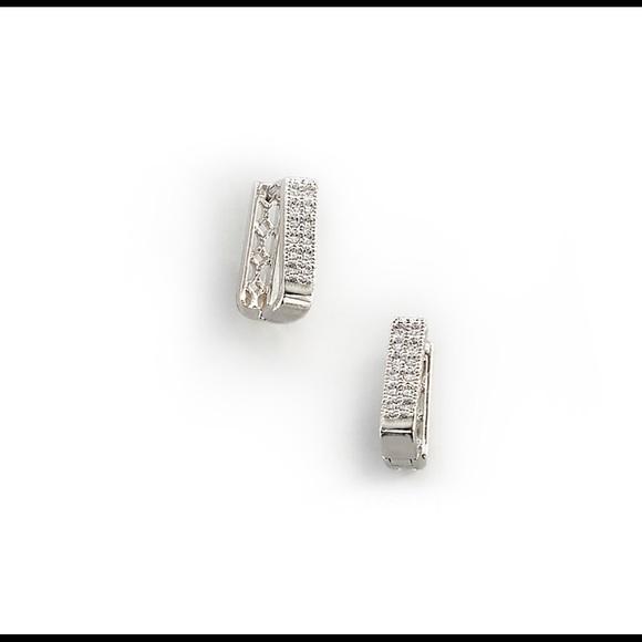 Mari Earrings Huggie Earrings Plated in Rhodium